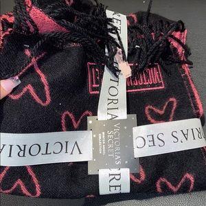 VS scarf